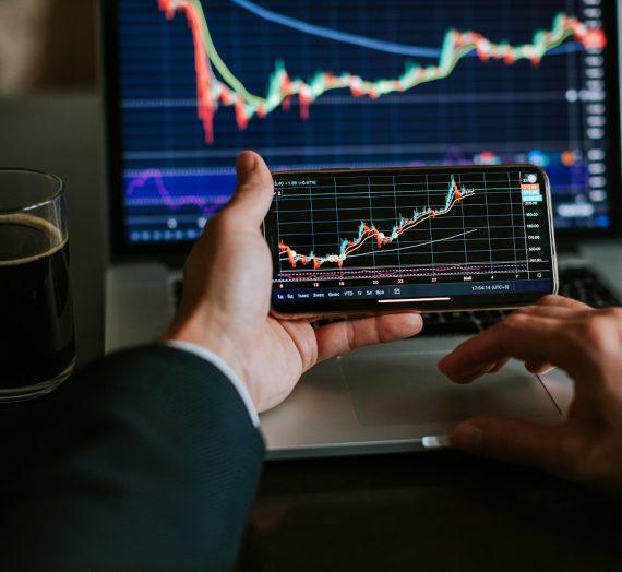 4 Aplikasi Wajib Yang Harus Kamu Punya Untuk Investasi Saham [Trader dan Investor Wajib Punya]